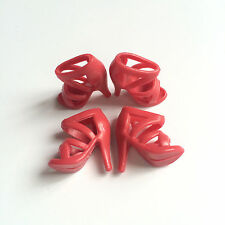A set of 40 Pairs Shoes For Barbie Dolls / Toys shoes