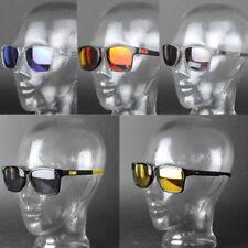 Occhiali da sole da uomo specchiamo neri marca Oakley