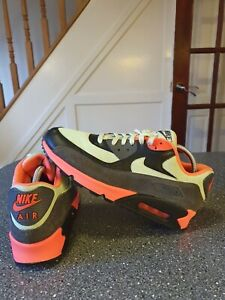 Nike Air Max 90 Essential Trainers Size Uk 9