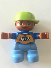 *NEW* Lego DUPLO BOY Blue Sweater SKATE Pattern LIME GREEN Cap BROWN Head