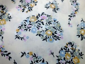 .100 %  cotton  floral  paisley