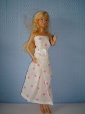 Handmade Blanc SML Cœur Bustier Robe à nœud. Fit Barbie Fashion Dolls