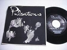 w PICTURE SLEEVE Pulsations Fatgirls / Creature of Habit 1981 45rpm VG++