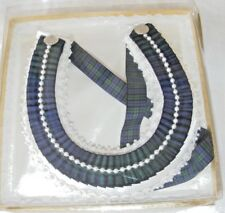 Vintage new old stock mariage Horseshoe Black Watch Tartan/Satin blanc Perles