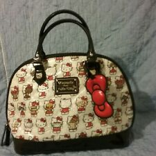 Hello Kitty Embossed BLACK RED LARGE Vintage Handbag. Loungefly in Great con.♡