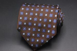 BROOKS BROTHERS 346 Silk Tie. Brown with Blue Floral.
