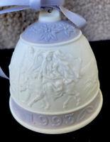 """1993 Lladro Bell Ornament Porcelain 2.75"""" Retired Spain"""