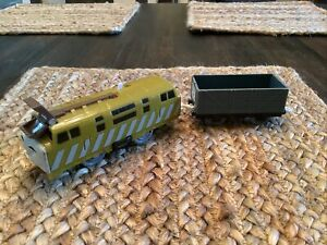 Diesel 10 & Troublesome Truck Thomas & Friends Trackmaster Motorized Train 2009