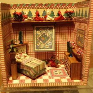 """Mary Engelbreit """"A Little Dab"""" CHRISTMAS Room Box Dollhouse Miniatures 1:48"""
