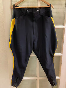 """RCMP Dress Riding Breeches Pantanloons 32"""" Fantastic Condition"""