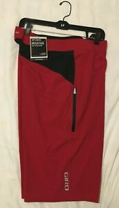 New Men's Giro Roust Mountain Bike Board Shorts, Red, size 36, NWT