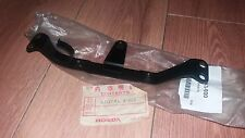 NOS HONDA ELSINORE CR 125 RB 1981 FRONT NUMBER PLATE STAY 61137-KA3-000 EVO