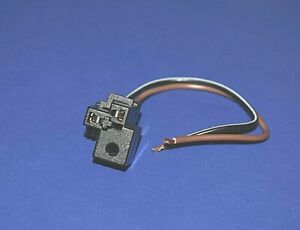 Low Beam Headlight  Harness Connector 1975-1999 Chevy Buick Pontiac  82-01 Olds