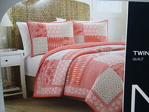 """New Nautica LANDVALE Patchwork Twin Quilt 68""""x88"""" ~ Coral, Red, Taupe, Ivory NIP"""