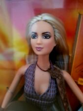 Shakira Barbie - Mattel 2003 - mit 2. Bühnenoutfit und Gitarre - NRFB