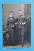 AK Österreich KuK Soldat Uniform Orden Armband-Uhr Frau Kleid Mode 1914-18 1.WK