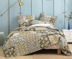 DaDa Bedding Bohemian Patchwork Paisley Floral Olive Green Brown Bedspread Set