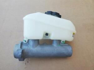 OEM 2006-2011 Cadillac DTS Brake Master Cylinder W/reservoir 15230127 18047466