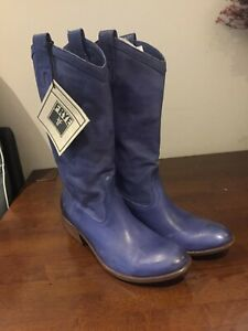 New FRYE Carson Pull On, Womens Boots