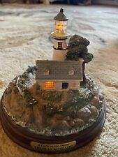 """Thomas Kinkade """"A Light In The Storm� Lighthouse Works!"""