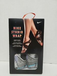 Nike Studio Wrap Yoga Dance Shoes Volt Gamma Blue Womens L (9.5-10.5)