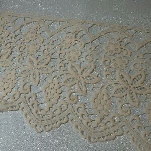 3 metres Fabulous vintage old 9inches / 230mm wide heavy cream guipure lace trim