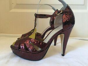 Topshop metallic platform heels 36 patent Leather T Bar