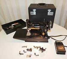 SINGER 221 1 FEATHERWEIGHT SEWING MACHINE WITH PEDAL, ATTACHMENTS AND CASE