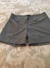 Women's Shorts Size 6
