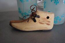Schuh aus Holz zum Stellen Dekoschuh 16cm Dekofigur Holzschuh Clayre&Eef