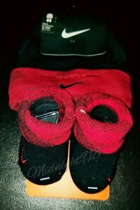 NEW NIKE BABY INFANT HAT & BOOTIES RED /BLACK SET SIZE 0-6 MONTHS