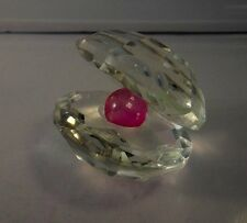 Faceted Crystal Open Clam Oyster Shell with Pearl Fine Figurine