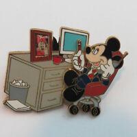 Disney Mickey Mouse - Businessman Pin