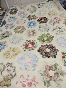 Handmade Floral Flower Garden Patchwork Quilt, Bed Cover Queen Sz 208cm X 155cm