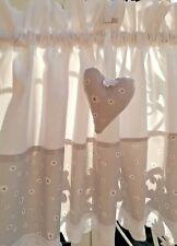 Scheibengardine Vorhang Raffgardine Landhaus Shabby Weiß Grau Blümchen
