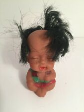 💚 VINTAGE Moody Cuties Rubber Doll LAUGHING Indian Native American Child J5
