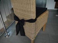 Stuhlkissen 40 x 40 x 4 cm Sitzkissen schwarz mit Schleife