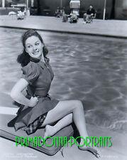 SUSAN HAYWARD 8X10 Lab Photo '40s Sexy Leggy Poolside Cutie, Actress Portrait