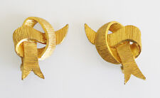 Guy Laroche Paris signed clip-on Earrings vintage modernist goldtone bowtie