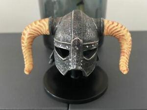Elder Scrolls Skyrim Dragonborn Helmet + Display Stand RARE Replica