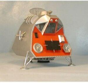 Moebius Models Lost in Space Space Pod 1:24 Scale Plastic Model Kit NIB MOE901