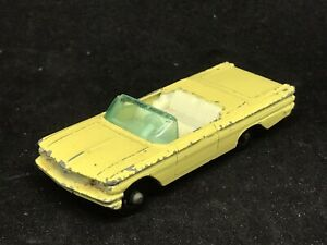 Matchbox Lesney 39 B9 Pontiac Convertible Yellow BPW Black Base