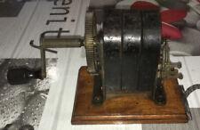 Ancien Générateur à Manivelle Vintage Pour Téléphone Électrique Moteur