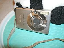 Canon PowerShot Digital ELPH SD450  Silver 5.0MP Digital Camera