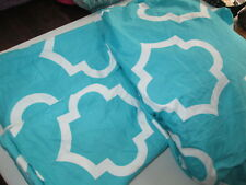 Double Bed Size Bed Doona Cover Aqua & White With 2 PIllowcases
