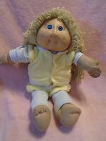 Vintage Xavier Roberts Cabbage Patch Girl Doll 1978-1982