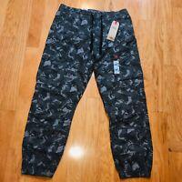 Levi's Jeans Men's Utility Joggers Cargo Camo Pants - Size L - NWT MSRP $69.50