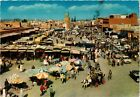 CPM MAROC-Marrakech-Place Djemaa El Fna (328865)