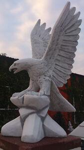 """Gartenfigur, Steinstatue """"Adler auf Felsen"""" H.90 cm, Vogel, Steinguss Gartendeko"""