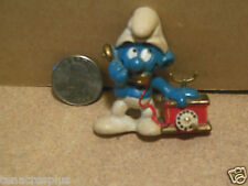RARE 1983 SMURF Talking on Telephone Phone MAGNET Wallace Berrie & Co Schliech